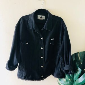 black vintage oversized denim jacket! XL
